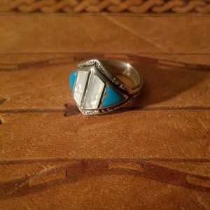 Vintage Turquoise & Mother of Pearl Ring